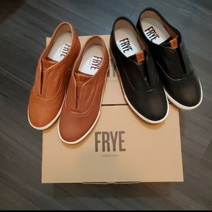 Frye Maya CVO Slip-On Leather Sneaker Bundle